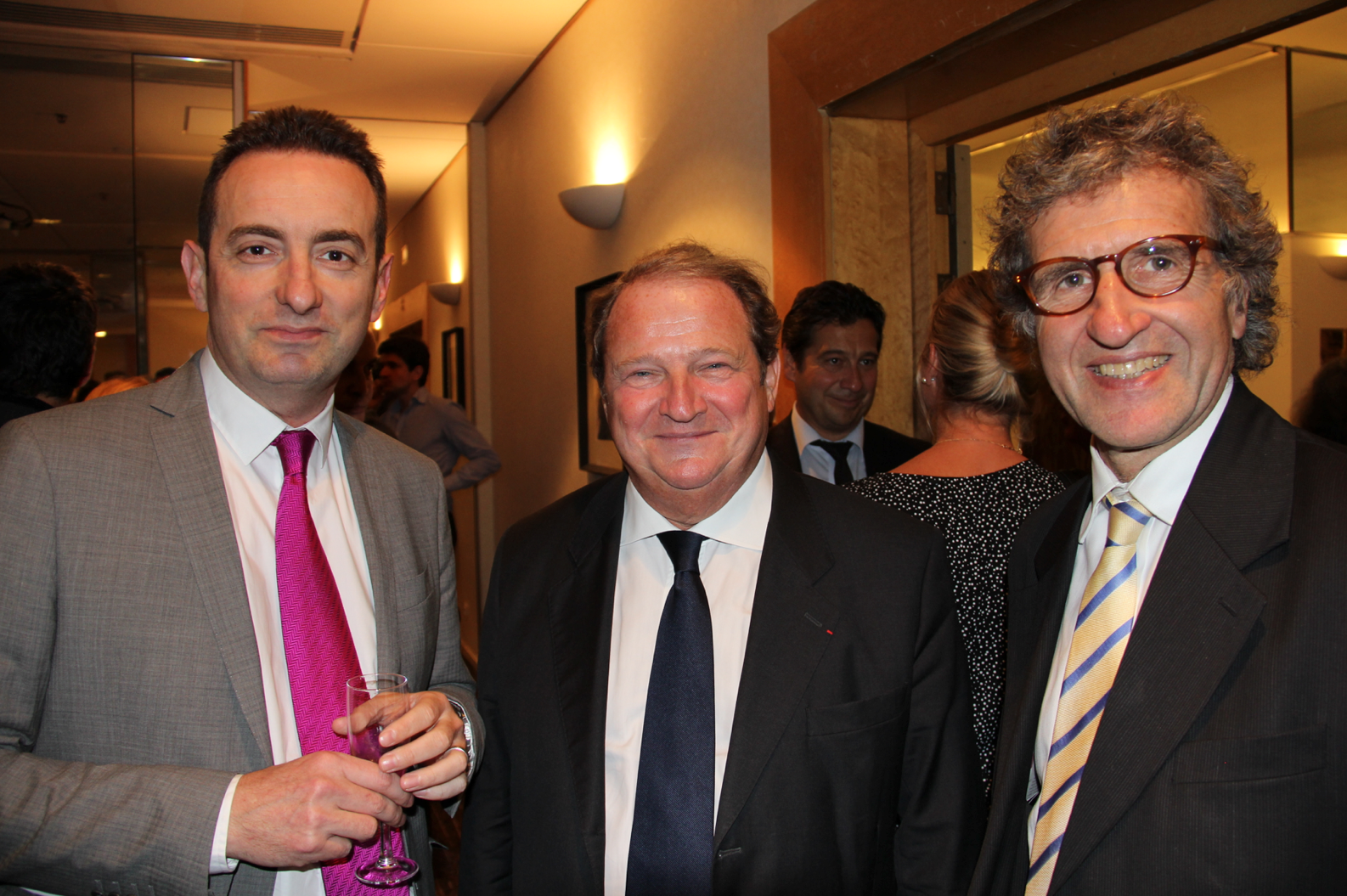 Frédéric Dumoulin - AFP, le Sénateur Pierre Charon et Gérard Leclerc - LCP-AN