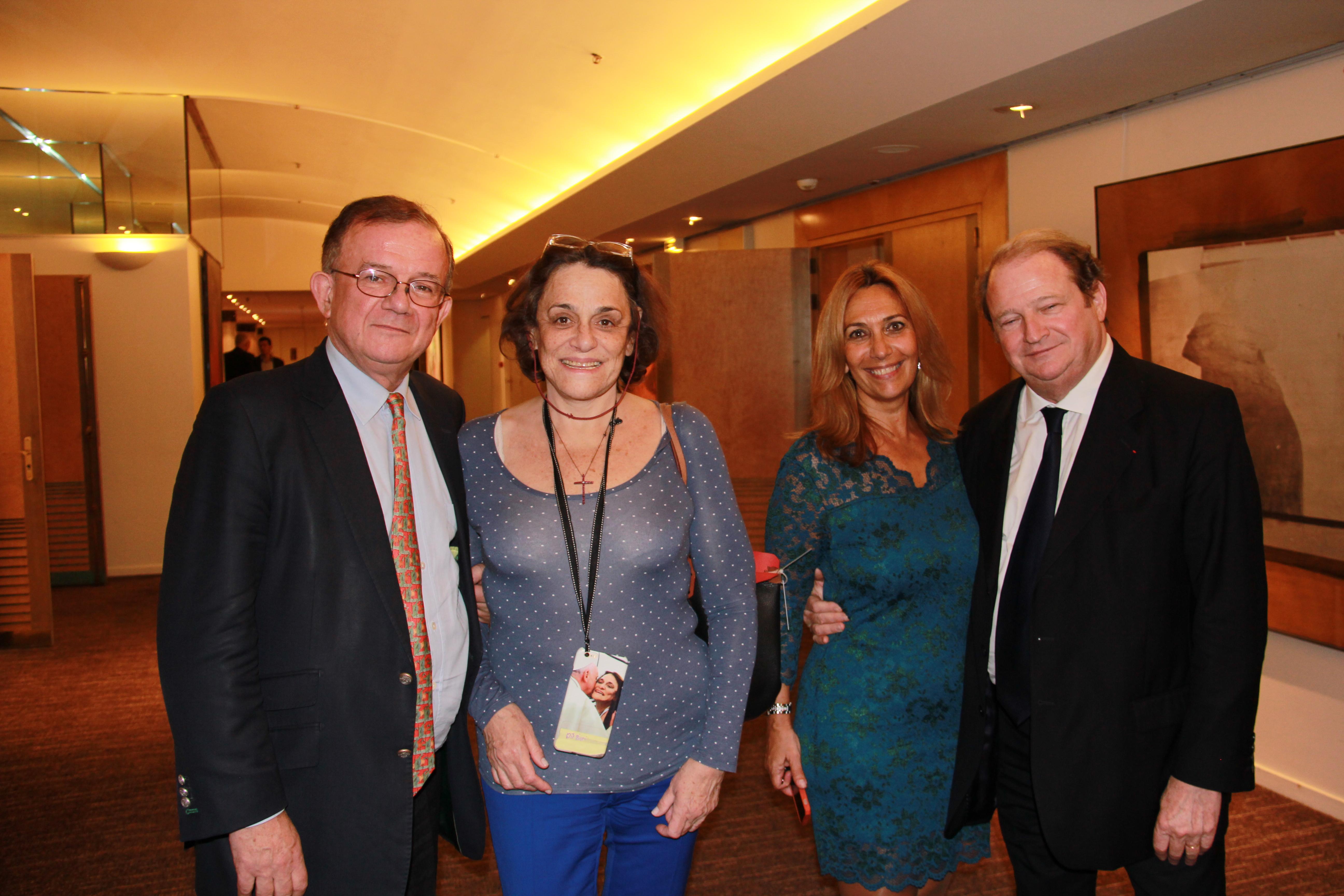 Dominique de Montvalon - Le Journal du Dimanche, Caroline Pigozzi - Paris Match, Isabelle Bourdet - Press Club et le Sénateur Pierre Charon
