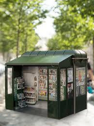 Les nouveaux kiosques à journaux arrivent à Paris